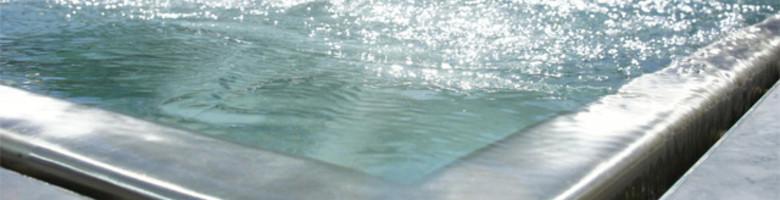 Voor- en nadelen van een inox zwembad