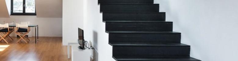 De voor- en nadelen van een trap uit natuursteen