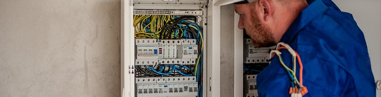 Riskeer je een boete als je een negatieve elektriciteitskeuring krijgt?
