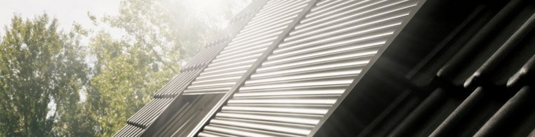 Kamer onder schuin dak? 3 manieren om de hitte buiten te houden