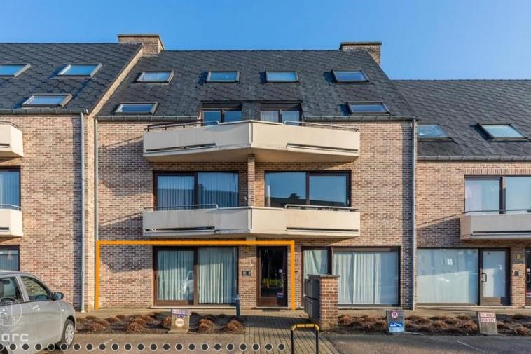 Gelijkvloers appartement met twee slaapkamers | Vlak aan centrum Beringen