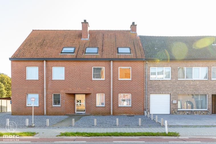 Instapklaar appartement aan de rand van stad Beringen