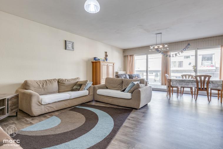 Instapklaar appartement met 3 slaapkamers en leuk balkon in het centrum van Beringen