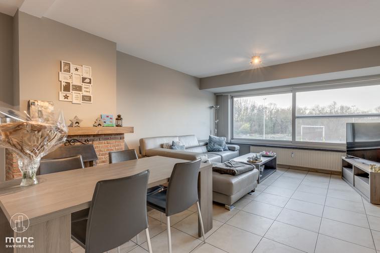 Instapklaar appartement op zeer fijne locatie nabij het centrum van Kuringen en Hasselt