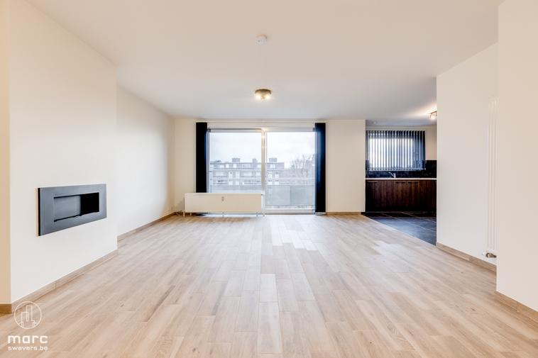 Magnifiek gerenoveerd appartement met 2 slaapkamers op 1 km van de grote markt van Hasselt