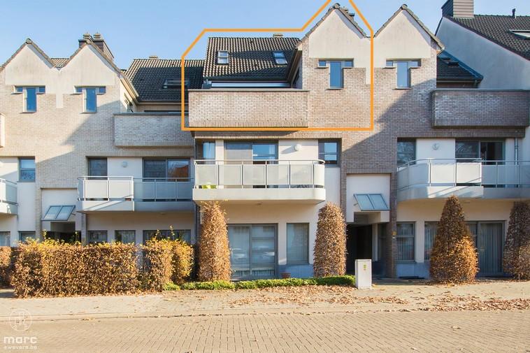 Te koop Duplexappartement met 2 slaapkamers in knappe, landelijke residentie
