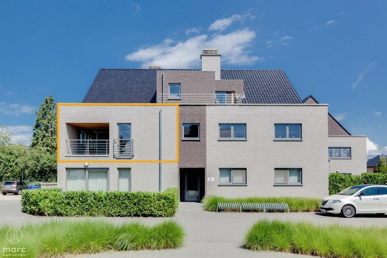 Te huur Knap 1-slaapkamer appartement met 2 terrassen