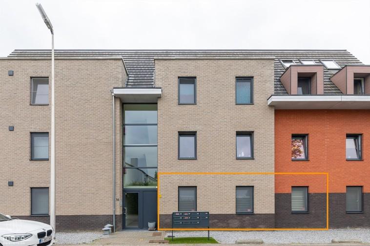 Te koop Gelijkvloers appartement met zonneterras en drie slaapkamers