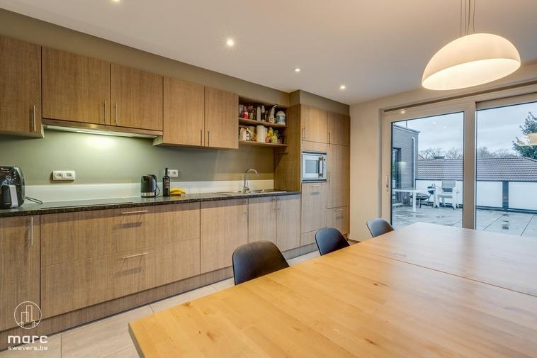 Prachtig appartement van 2012 met 2 slaapkamers en zalig terras van 36 m²