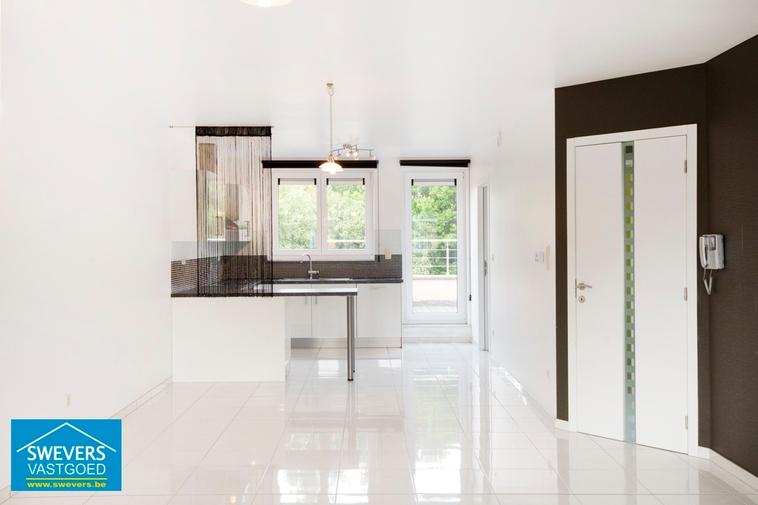 Verkocht | Prachtig duplex appartement met tuin en garage