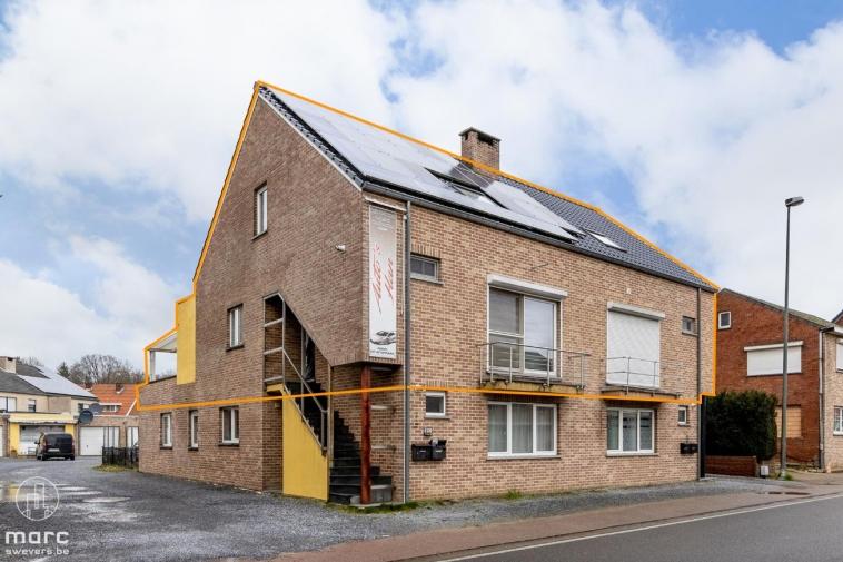 Knap afgewerkt duplex appartement met 3 slaapkamers in Koersel