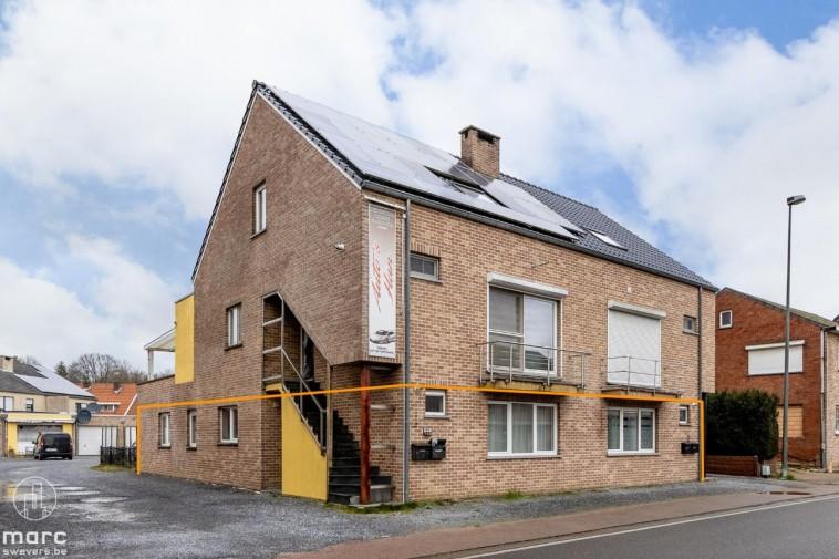 Gelijkvloers appartement met 3 slaapkamers en mooie tuin
