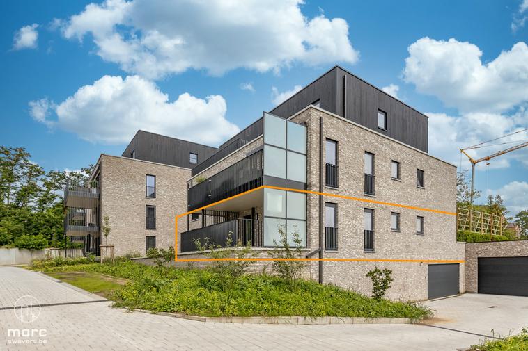 Te huur Vlot verbonden nieuwbouwappartement op gelijkvloers met twee slaapkamers en groot terras