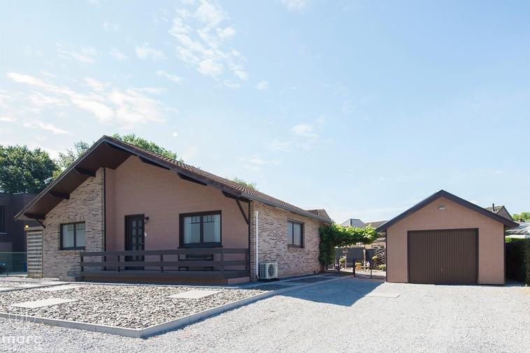Gelijkvloerse woning met twee slaapkamers en zuidelijke tuin in Viversel
