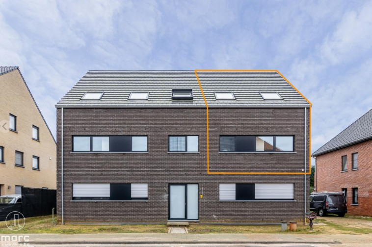 Nieuwbouwappartement met drie slaapkamers en erg groot terras