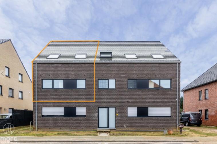 Energiezuinige nieuwbouwduplex met drie slaapkamers en terras van 42 m²