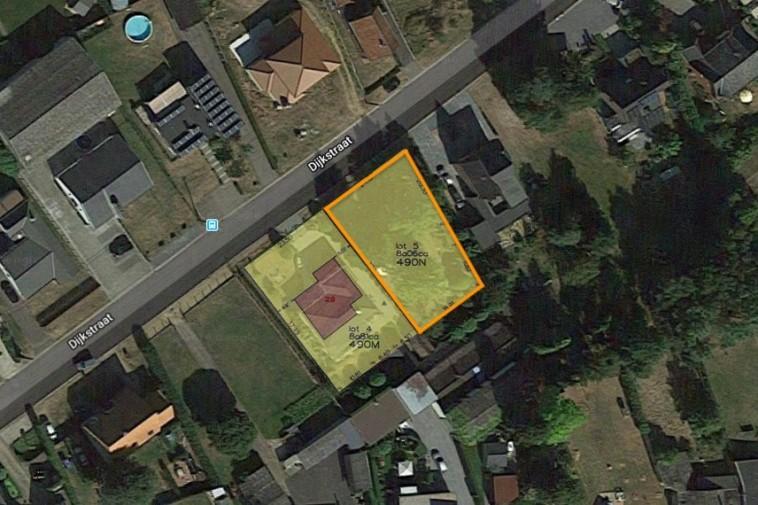 Zuidelijk georiënteerde bouwgrond voor open bebouwing (8a 06ca)