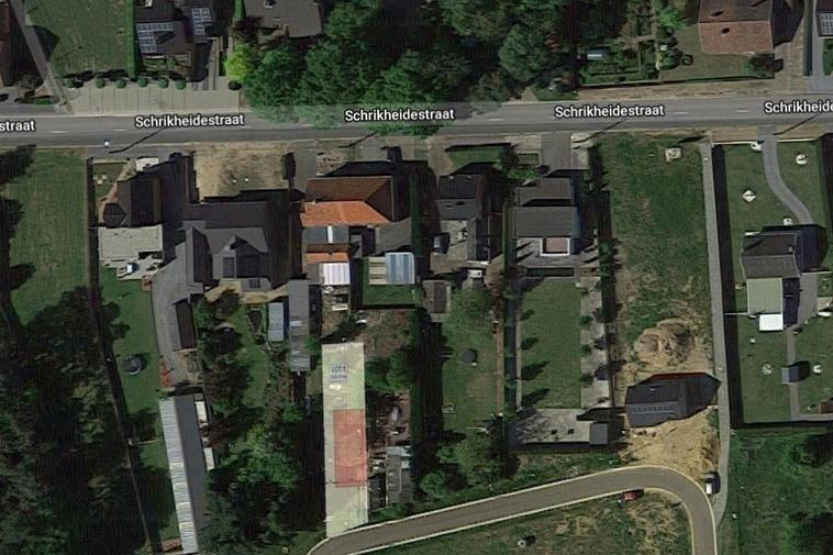 Halfopen bouwgrond in landelijke omgeving (4a 51ca)
