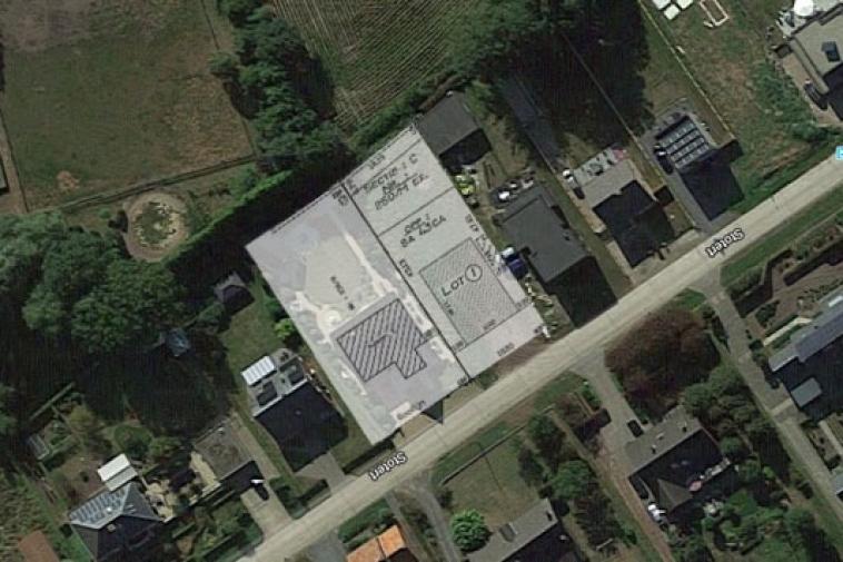 Zonnige bouwgrond voor open bebouwing (8a 43ca)