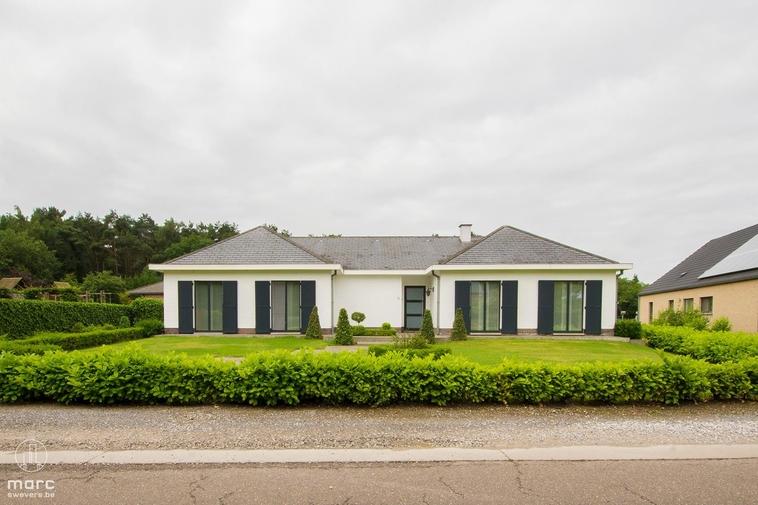Knappe villa met 3 slaapkamers en 37are grond in groen stukje van Aarschot