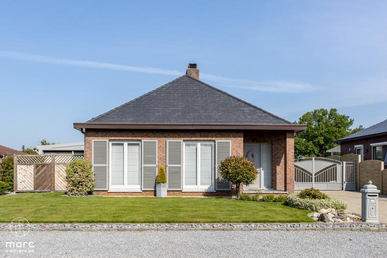 Instapklare, mooi afgewerkte woning met prachtige tuin in rustige omgeving