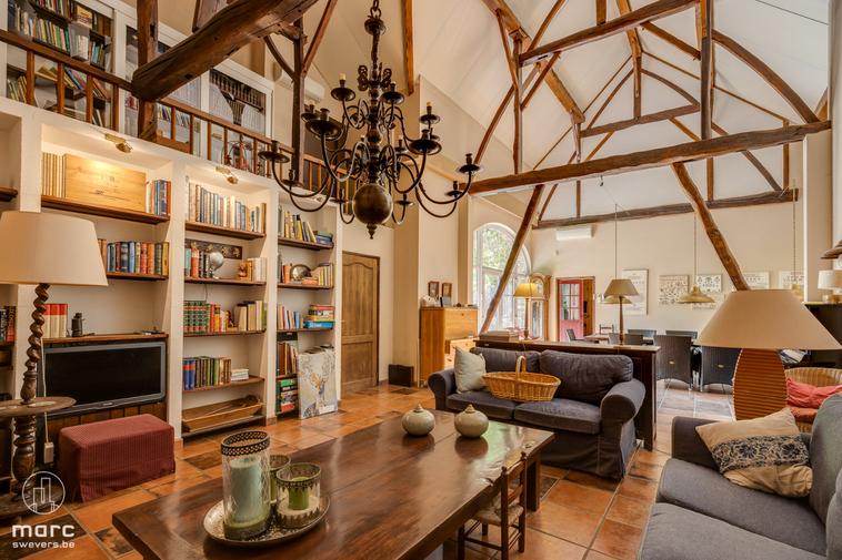 Charmante en authentieke hoeve 580m² in het pittoreske Borgloon