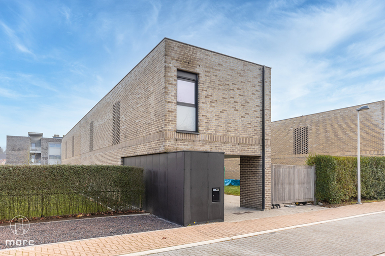 Energiezuinige HOB met zuidelijk georiënteerde tuin in rustig straatje te Ham.