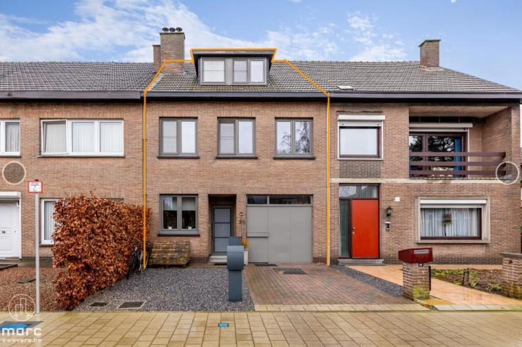 Prachtig gerenoveerde gezinswoning met 5 slaapkamers in gegeerde Banneuxwijk van Hasselt