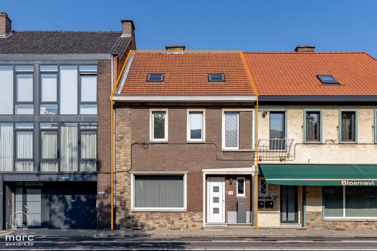 Zeer knap gerenoveerde woning (175m²) vlakbij het centrum van Hasselt