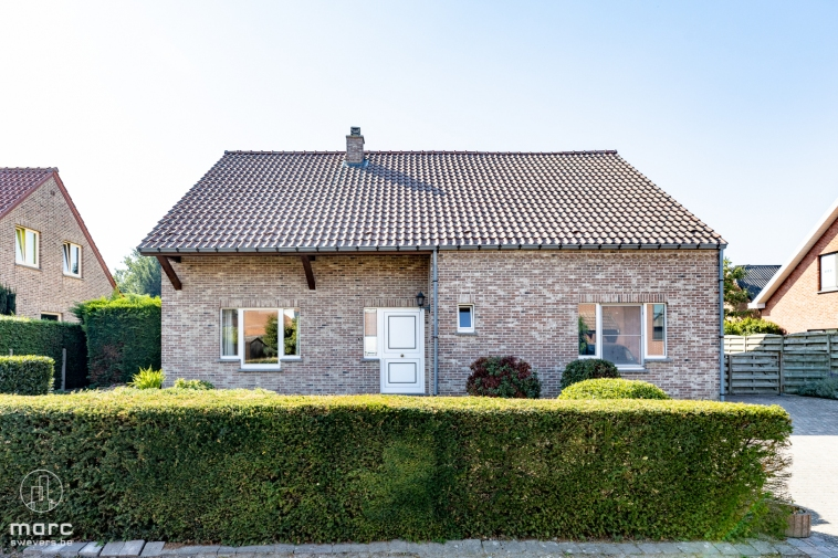 Ruim, zonovergoten, toplocatie | zeer knappe woning met 5 slaapkamers in Kuringen.