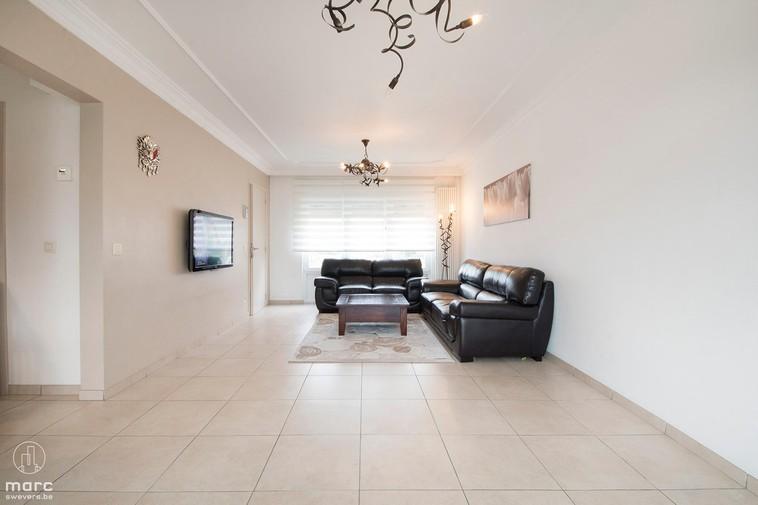 Te koop Volledig gerenoveerde woning met 3 slaapkamers in rustige wijk van Hal-Berkenbos