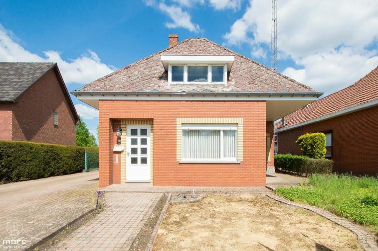 Klein beschrijf │Pittoresk, vrijstaand huis op 8a 81ca in Berkenbos