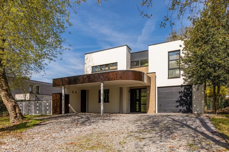 Villa met drie slaapkamers en schitterende ligging in Bolderberg