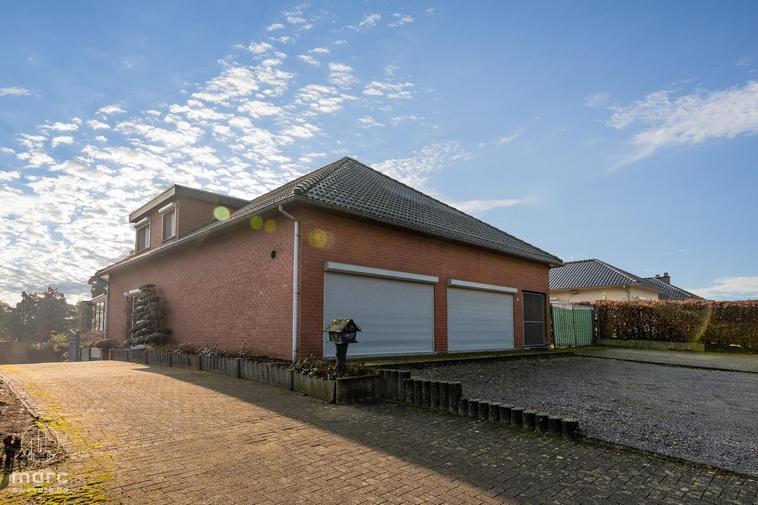 Nieuwe prijs | Ruime woning met 4 slaapkamers, grote tuin en handelsruimte