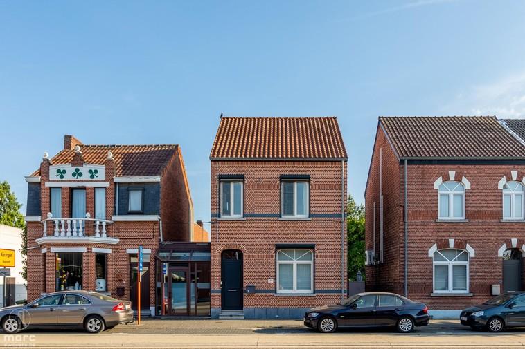 Ideale starterswoning: gerenoveerd rijhuis met zuidelijke tuin in Hasselt