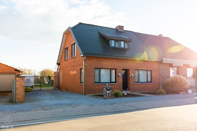 Stijlvol gerenoveerd wonen? | Charmante gezinswoning in Koersel