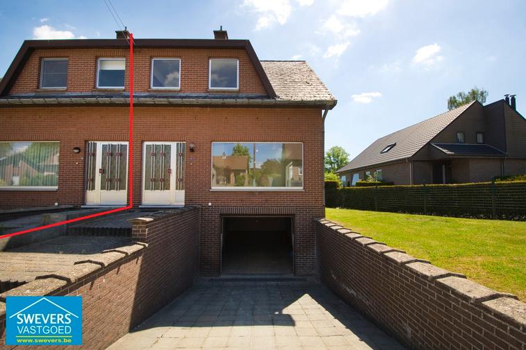 Verkocht | Halfopen gezinswoning in rustige buurt van Lummen | klein beschrijf