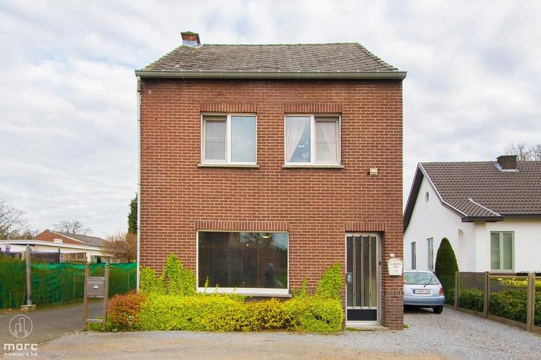 Klein beschrijf │Rustig gelegen halfopen woning met 3 slaapkamers in Zonhoven