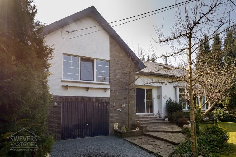 Verkocht binnen de week | Prachtige woning met 6 slaapkamers in een groen stukje Zonhoven