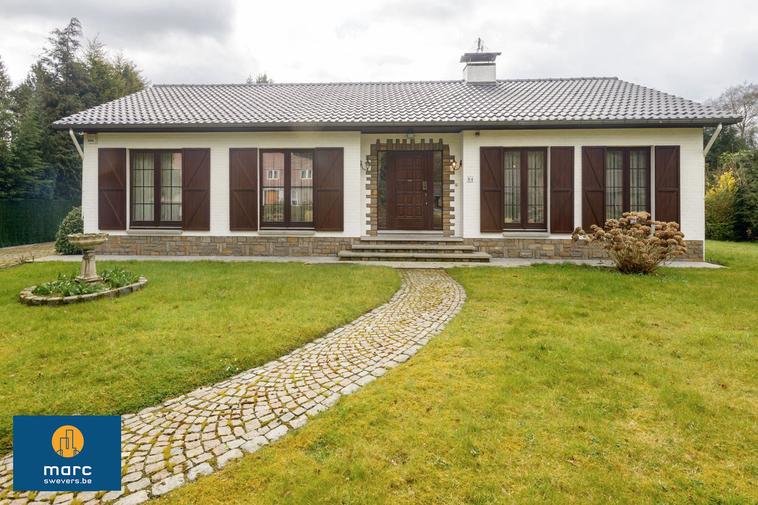 Verkocht | Mooie villa in residentiële wijk van Bolderberg