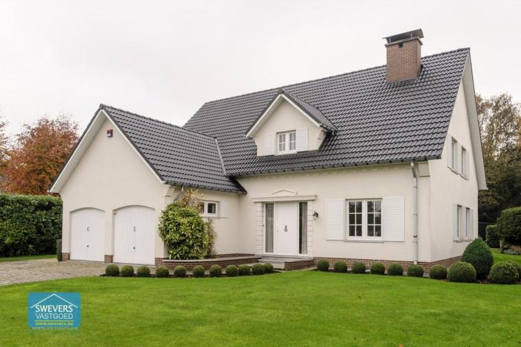 Verkocht | Exclusief wonen in een ruime villa met 4 slaapkamers in Bolderberg
