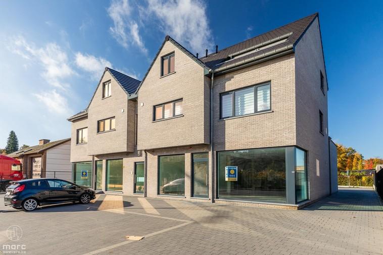 Nieuwe prijs | Moderne handelsruimte (280 m2) met gunstige ligging